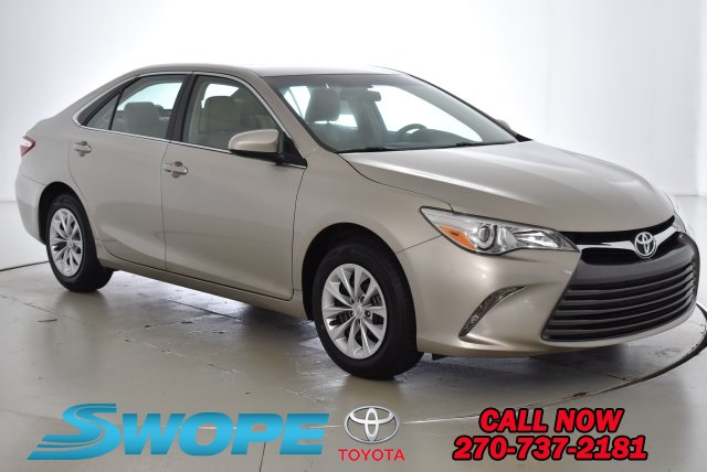 toyota reviews motion camry and side xle motor trend front rating le view cars